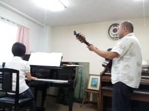 アルパカさんとピアノさん