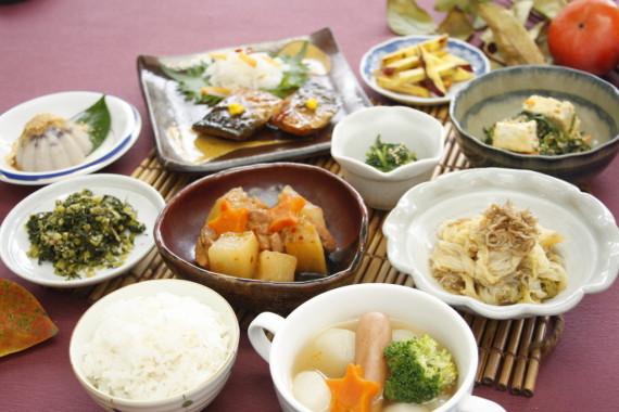 地元の冬野菜を使った薬膳風料理